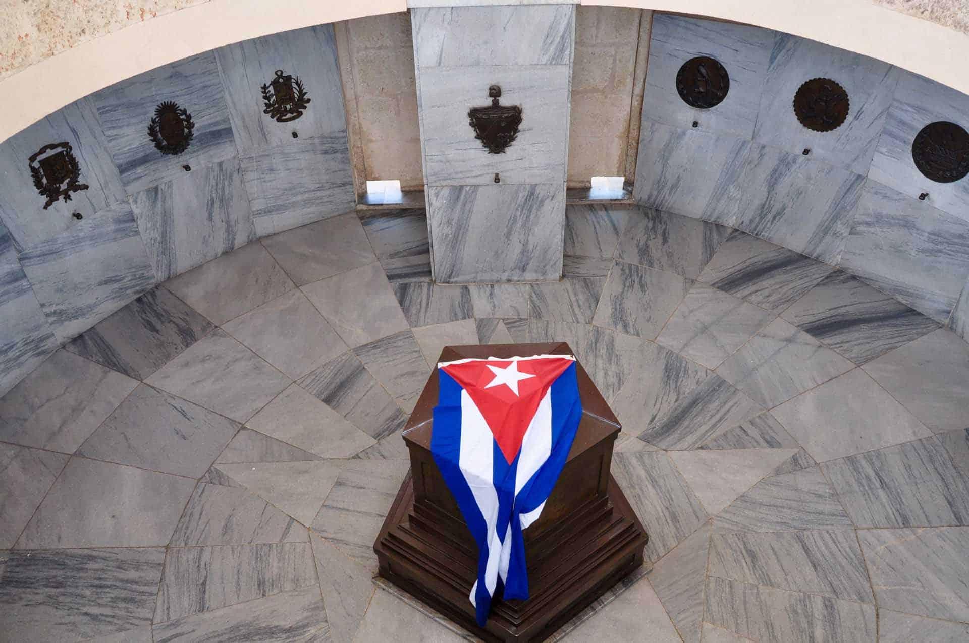 A0172 Fidel a santiago 04 cuba autrement