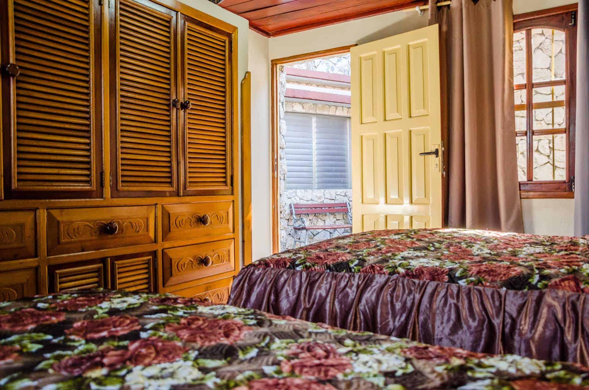 C0208 Casa el Buzo Playa Larga 06 cuba autrement