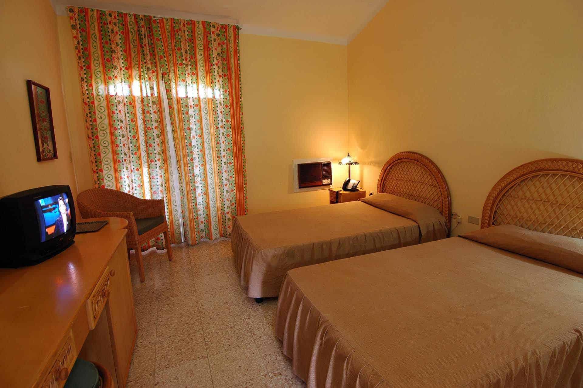 H1234 Hotel Los Jazmines 02 cuba autrement