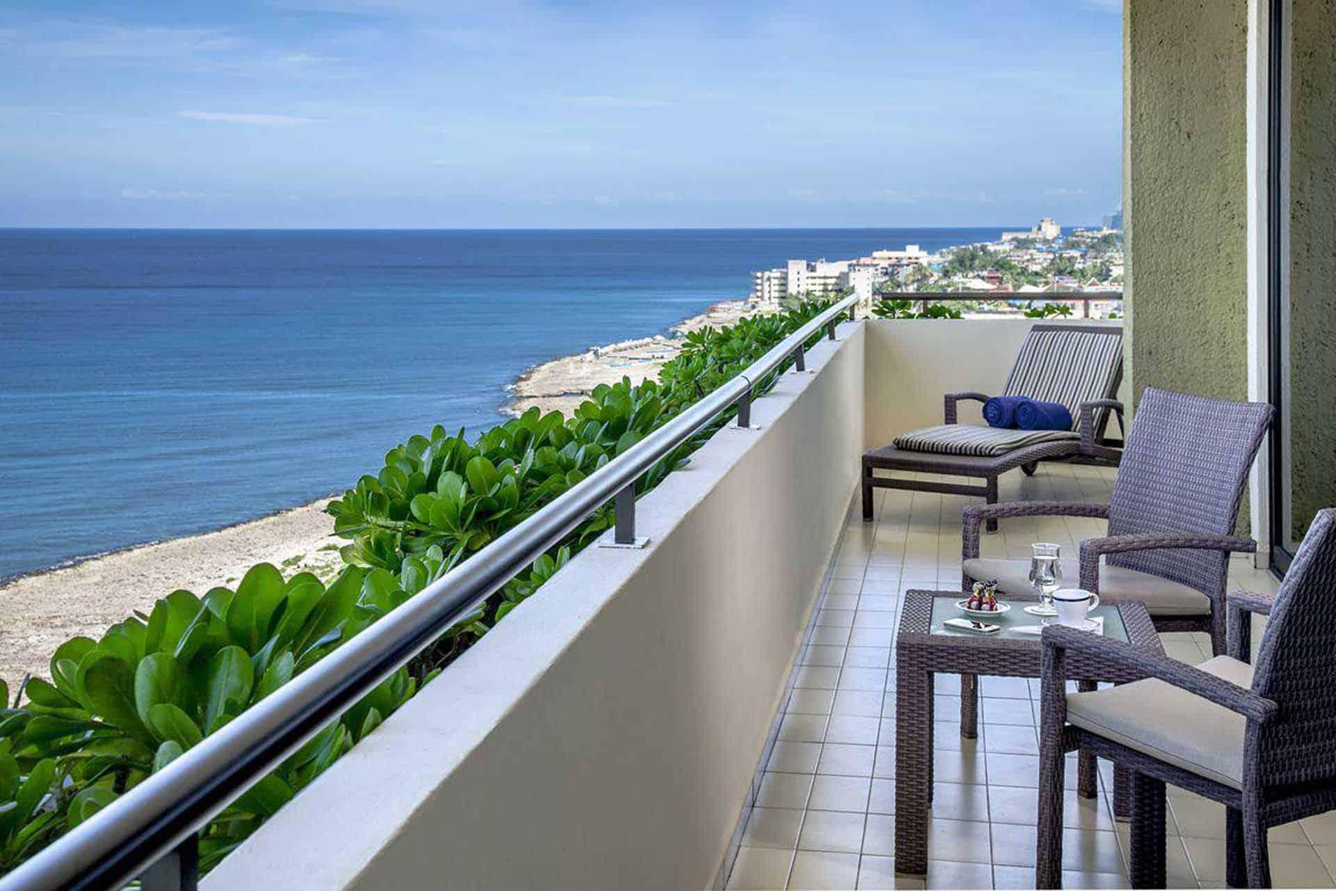 H1453 Balcon hotel Melia La Havane Cuba