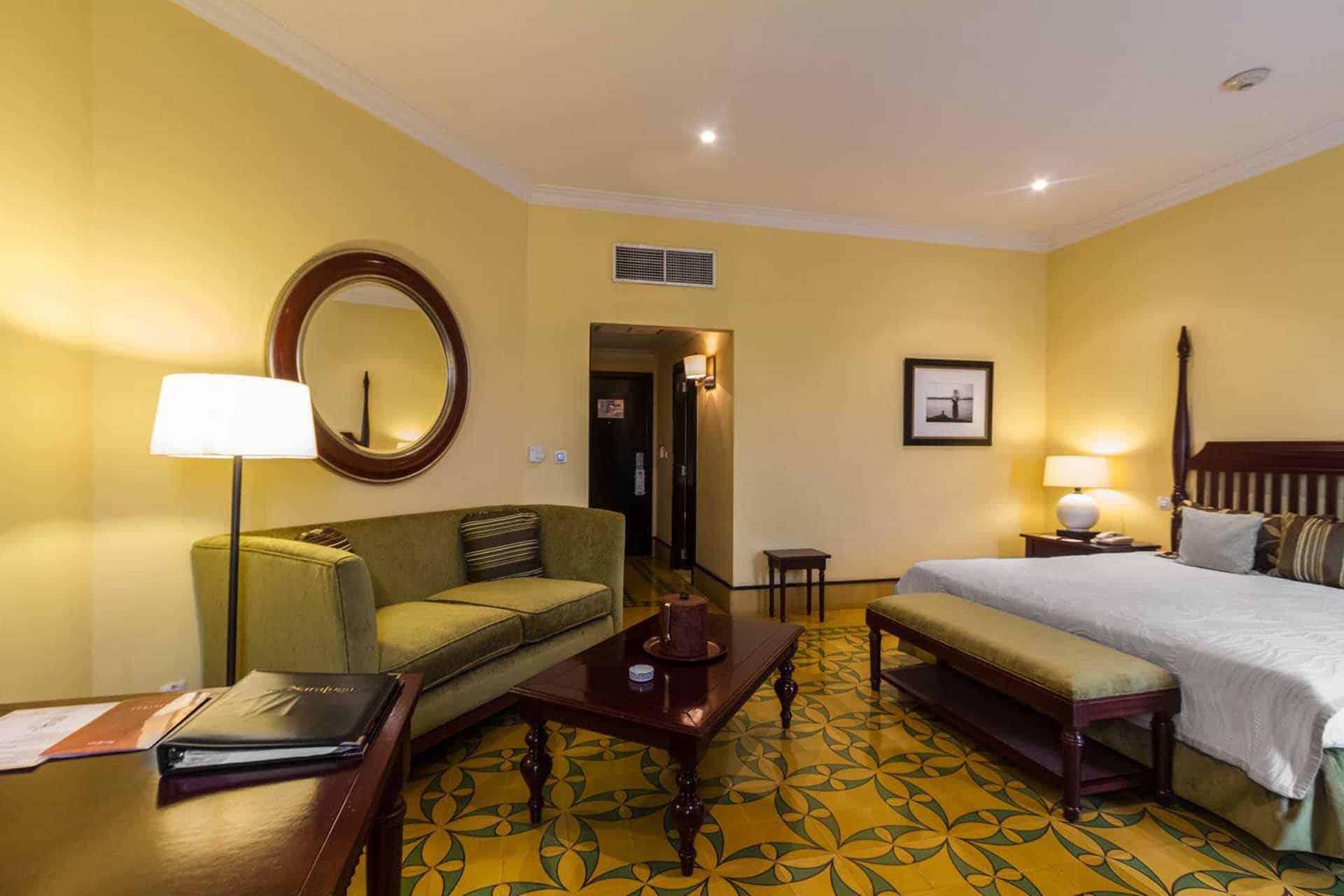H2483 Hotel Saratoga 04 cuba autrement