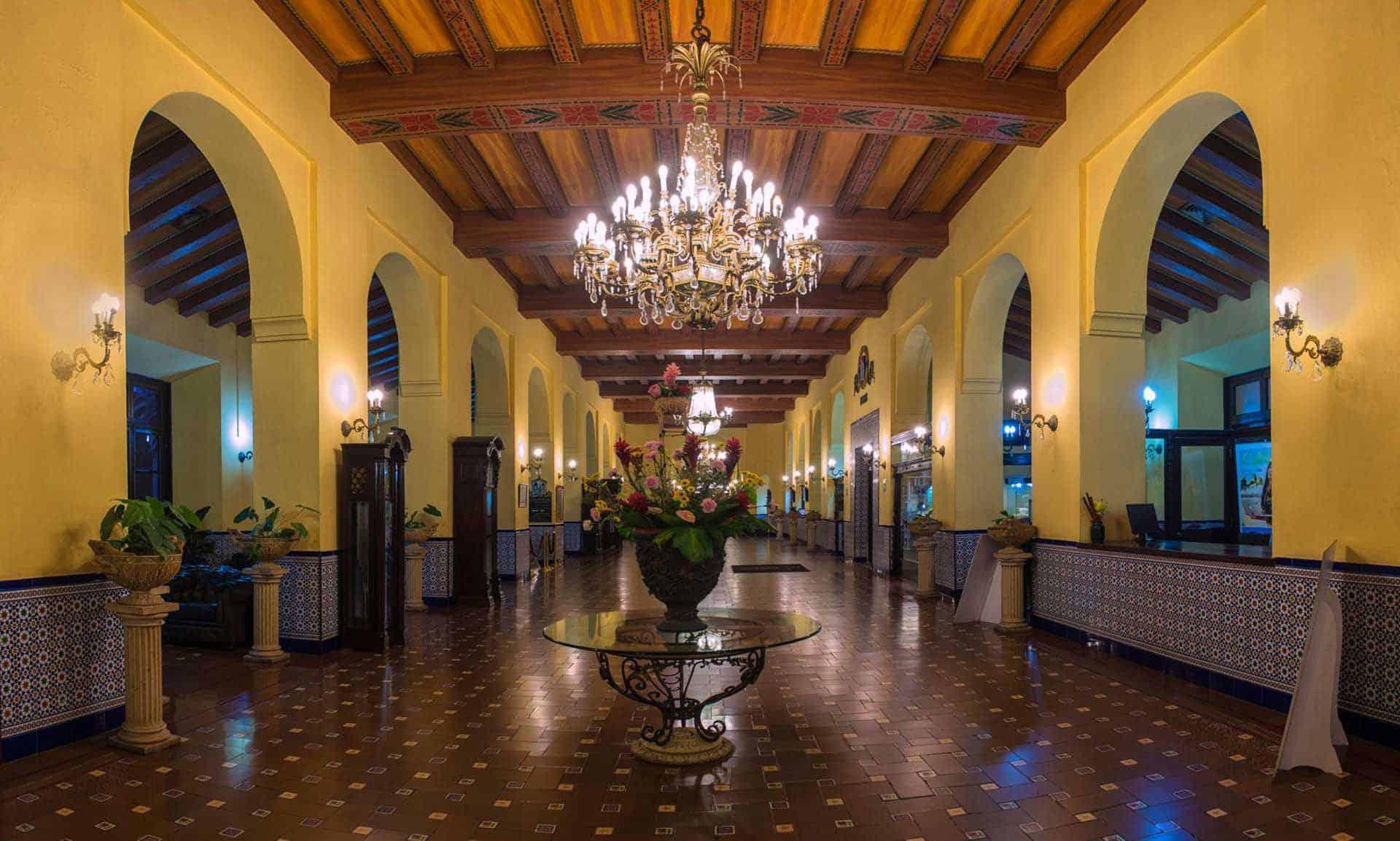 H3061 Hotel Nacional 06 cuba autrement