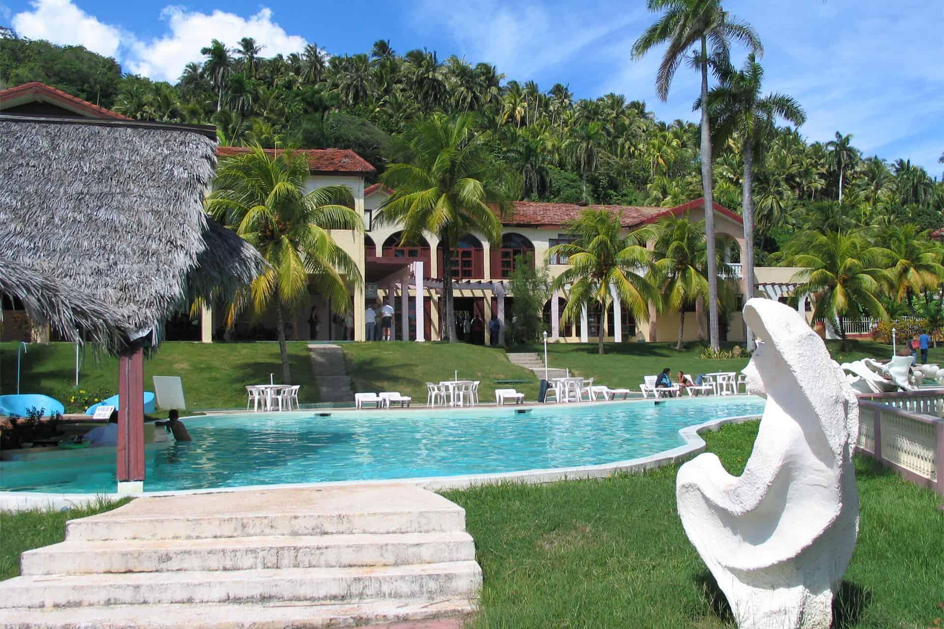 baracoa hotel piscine cuba autrement