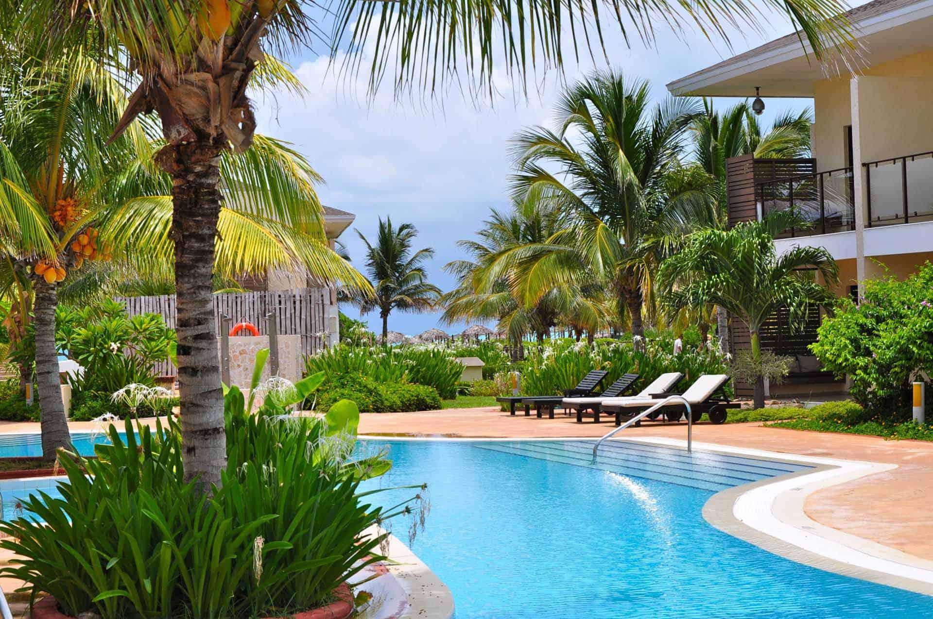 cayo santa maria hotel piscine palmiers cuba autrement 2