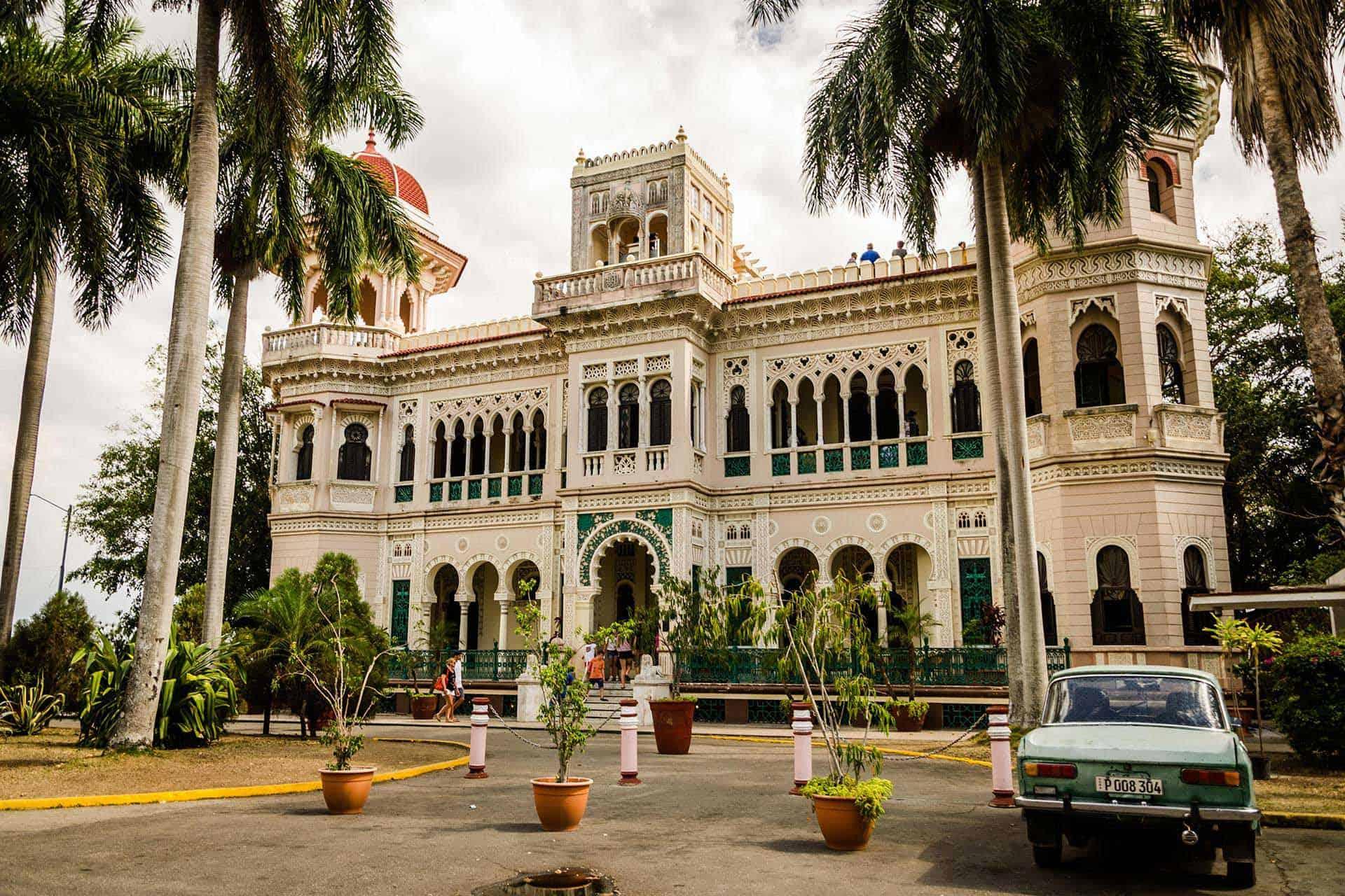 cienfuegos palace cuba autrement 2