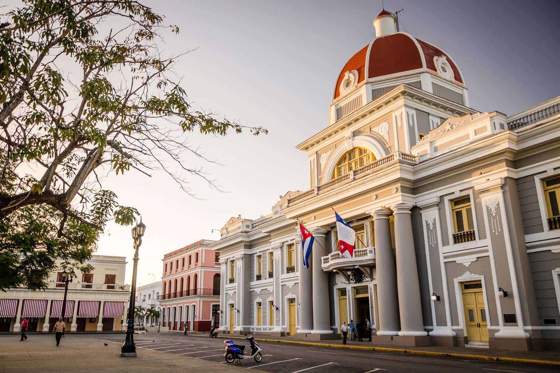 cienfuegos palace du gouvernement cuba autrement 1