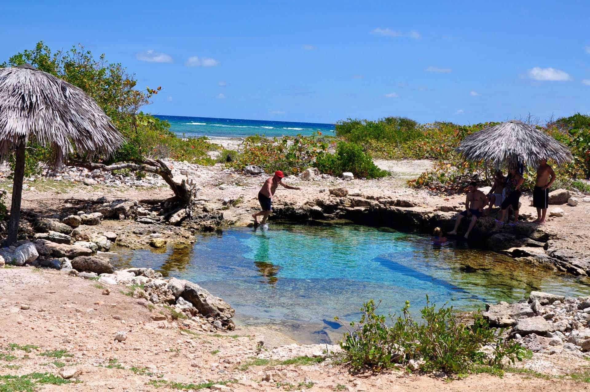 gibara cenote rochers plage cuba autrement