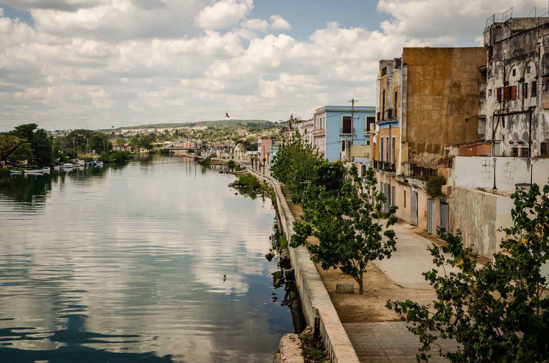 matanzas ville riviere quai cuba autrement