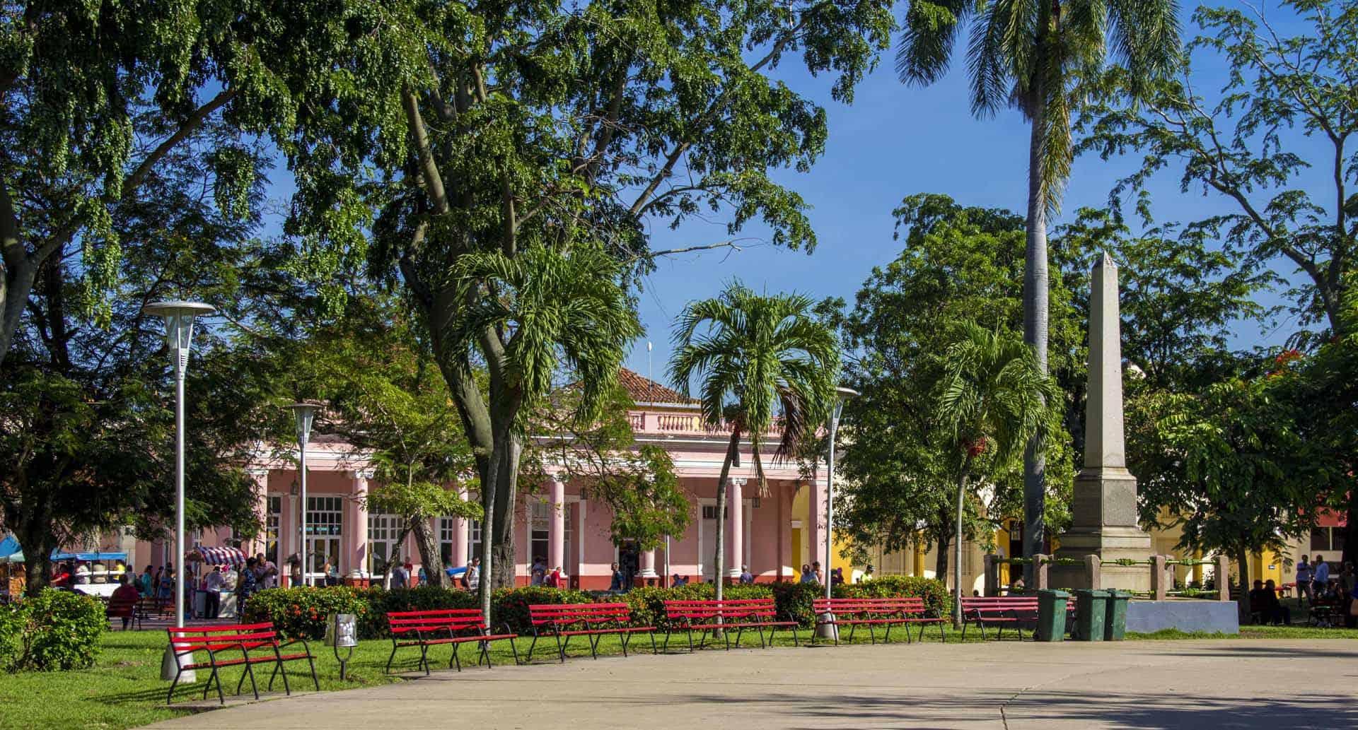 santa clara parc leoncio cuba autrement 2