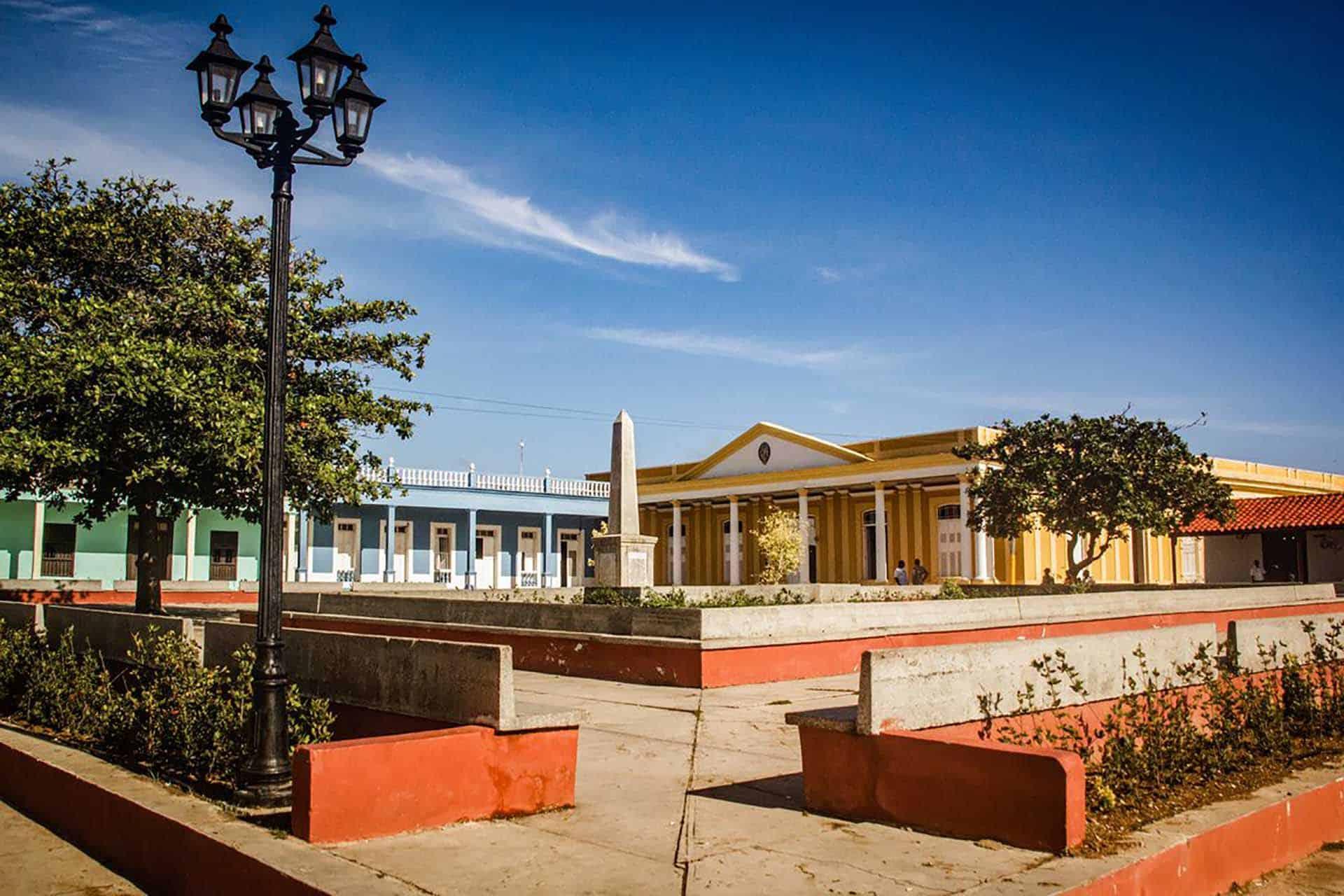 plaza colon cuba autrement